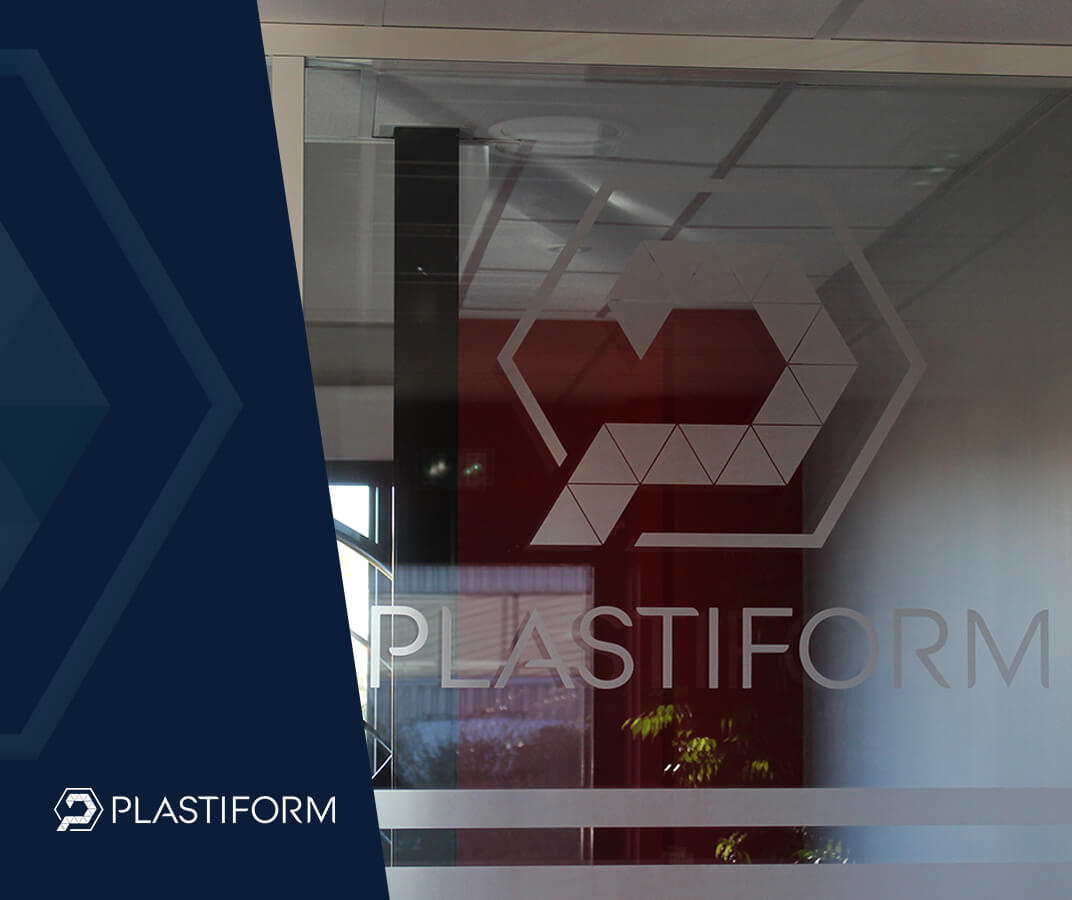 Plastiform logo