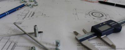 Pied à coulisse avec un plan de métrologie industrielle